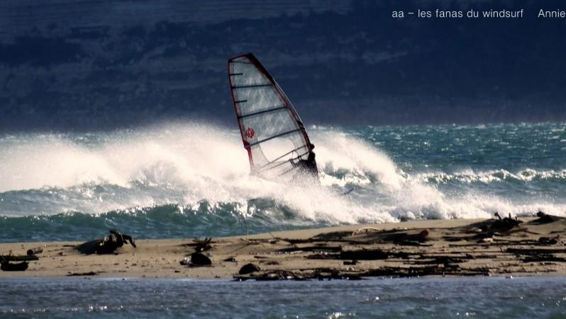 Wind report Leucate - Les Coussoules - France (11) 2015-11-24 18:00:00