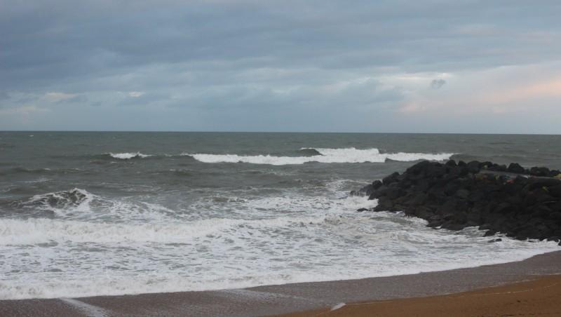 Surf report Anglet Sables d'Or - France (64) 2015-11-28 09:00:00