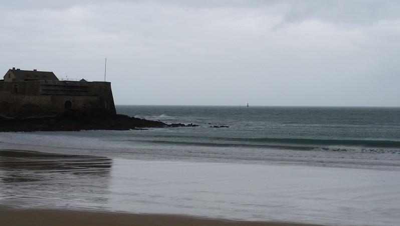 Surf report Saint-Malo - Le Sillon - France (35) 2015-11-29 13:00:00