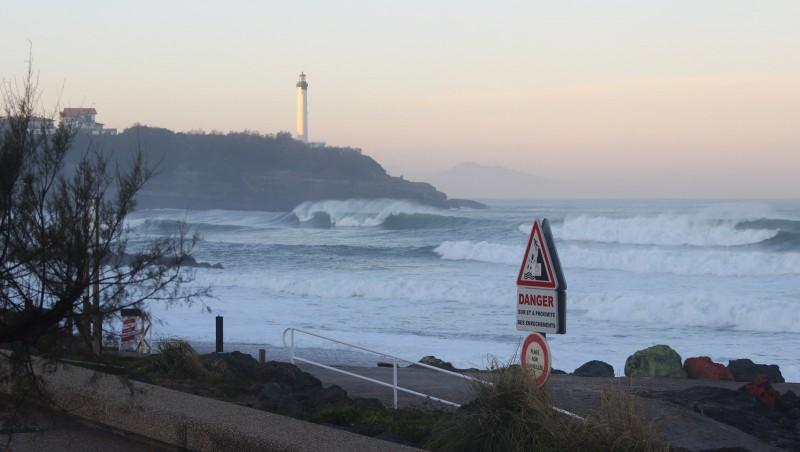 Surf report Anglet VVF - France (64) 2015-12-03 09:00:00