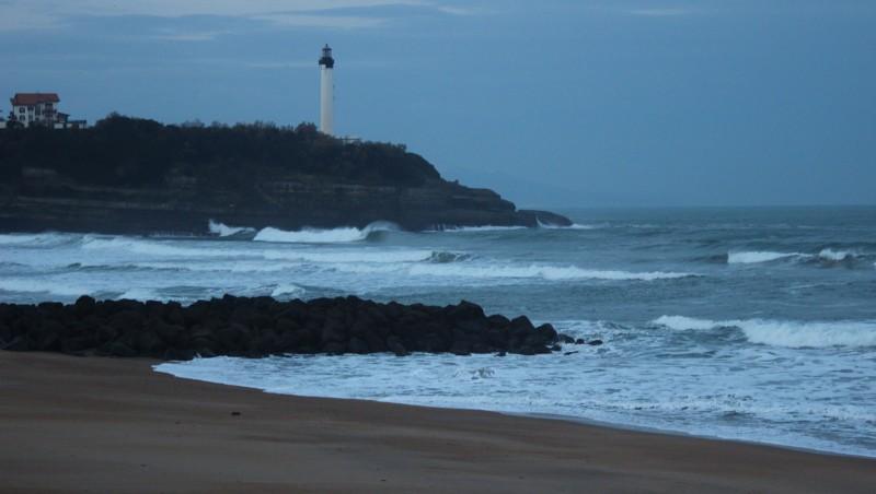 Surf report Anglet VVF - France (64) 2015-12-08 09:00:00