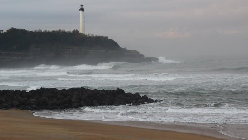 Surf report Anglet VVF - France (64) 2015-12-09 09:00:00