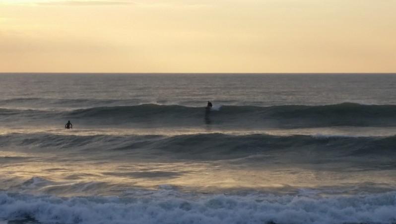 Surf report St Gilles-Croix-de-Vie - France (85) 2015-12-13 16:00:00