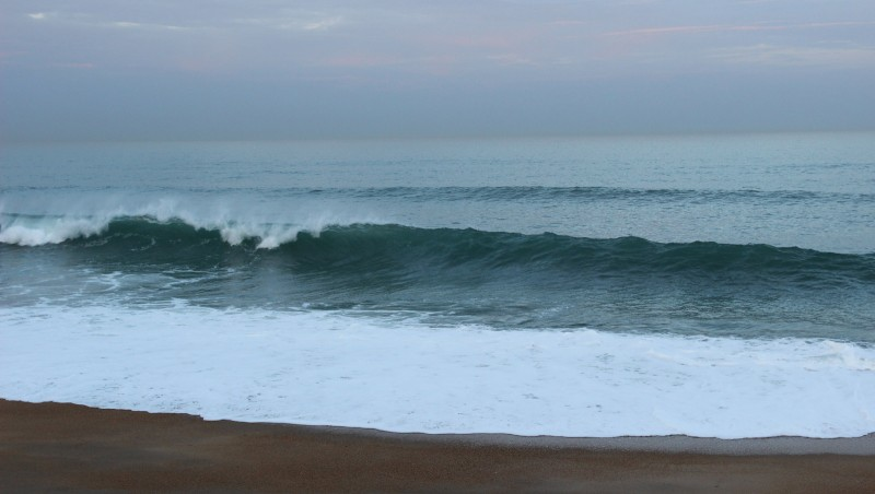 Surf report Anglet Surf Club - France (64) 2015-12-18 09:00:00