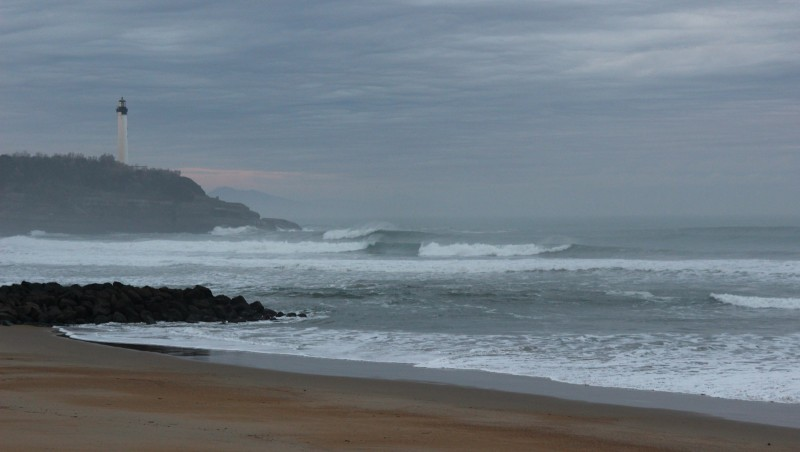 Surf report Anglet Surf Club - France (64) 2015-12-23 09:00:00