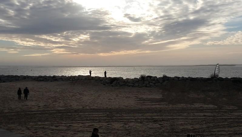 Wind report La Palmyre - Bonne-Anse - France (17) 2015-12-24 10:00:00