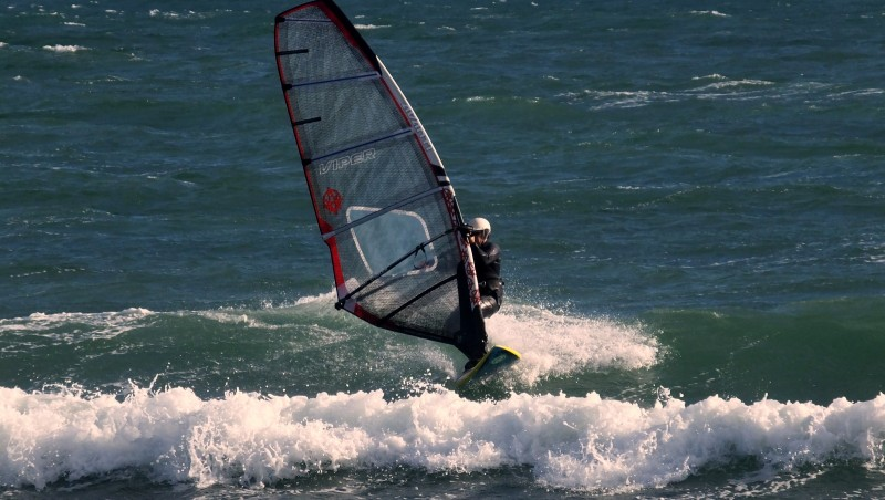 Wind report Canet Sud - Pont des Basses - France (66) 2015-12-28 17:00:00