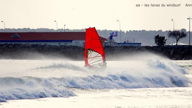 Wind report Port-la-Nouvelle - Plage Nord - France (11) 2016-01-11 18:00:00