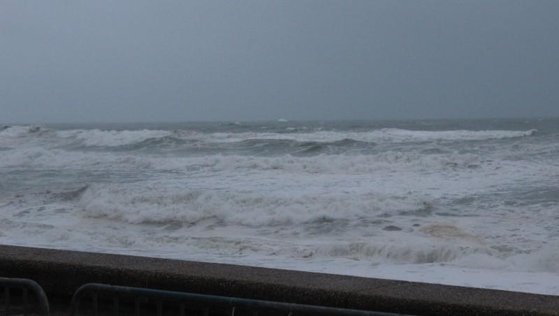 Surf report Anglet VVF - France (64) 2016-02-10 09:00:00