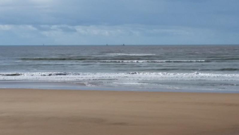 Surf report St Gilles-Croix-de-Vie - France (85) 2016-02-11 13:00:00