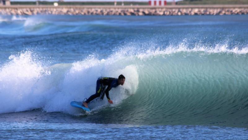 Surf report Saint-Laurent-du-Var - Cap 3000 - France (06) 2016-02-13 13:00:00