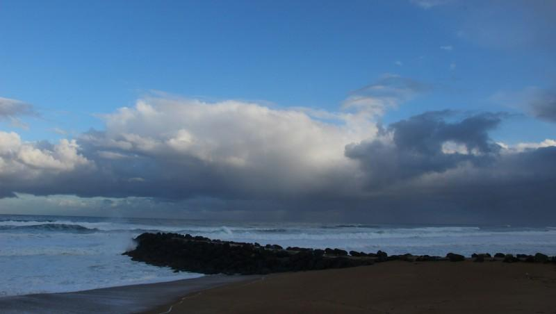 Surf report Anglet Surf Club - France (64) 2016-04-08 09:00:00