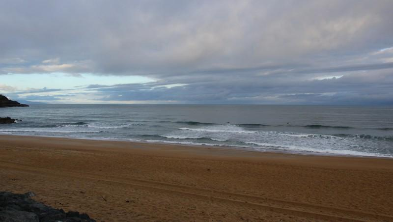 Surf report Anglet Surf Club - France (64) 2016-04-17 09:00:00