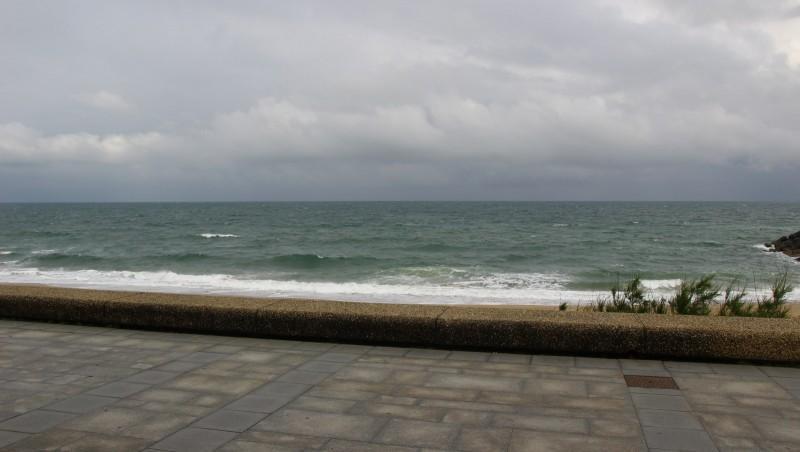 Surf report Anglet Sables d'Or - France (64) 2016-05-15 09:00:00