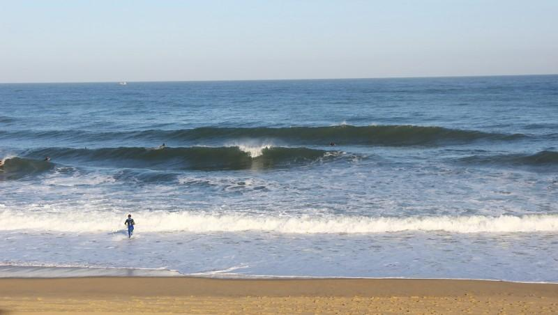 Surf report Anglet Surf Club - France (64) 2016-08-10 09:00:00