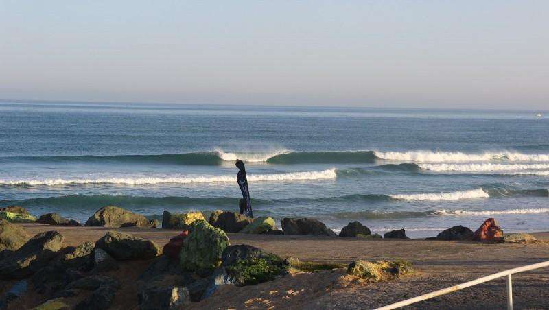 Surf report Anglet Sables d'Or - France (64) 2016-08-27 10:00:00