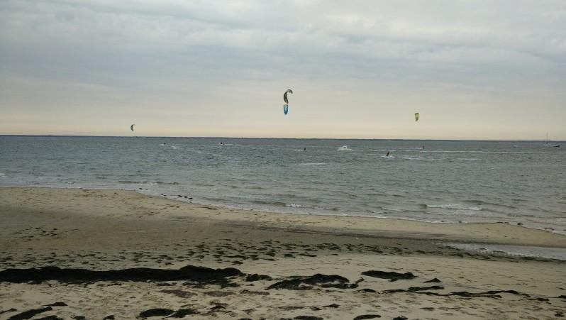 Wind report Arcachon - Le Port - France (33) 2016-10-12 13:00:00