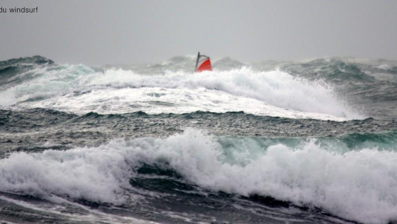Wind report Cap d'Agde - Plage Port Nature - France (34) 2017-01-27 18:00:00