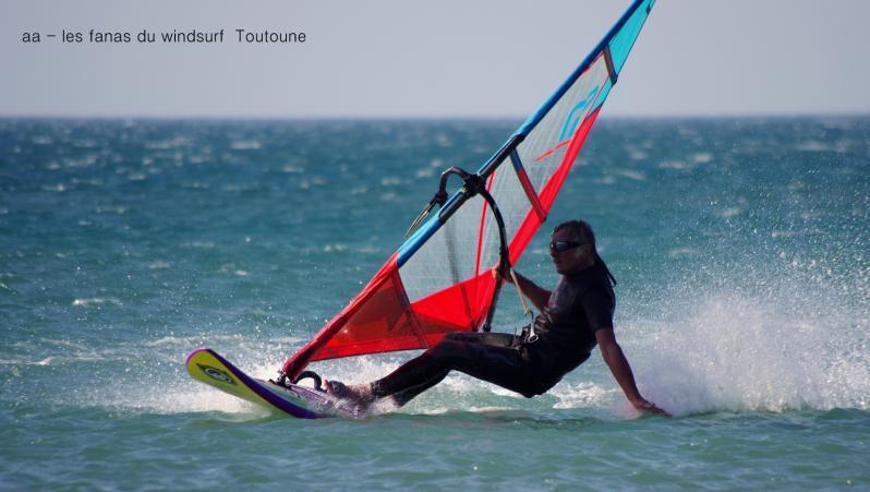 Wind report Leucate - Les Coussoules - France (11) 2017-06-12 16:00:00