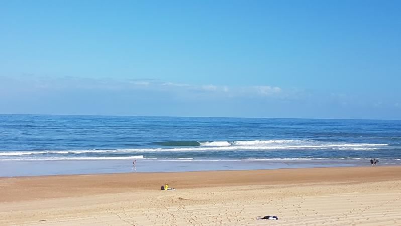 Surf report Hossegor - La Gravière - France (40) 2017-08-06 10:00:00