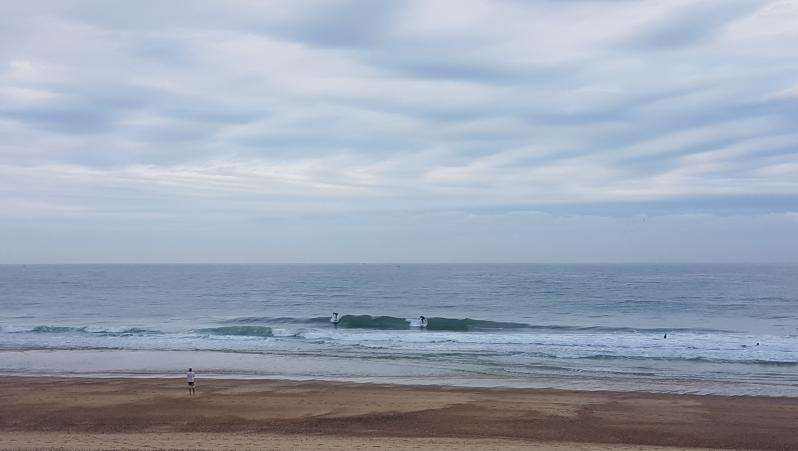 Surf report Hossegor - La Gravière - France (40) 2017-08-07 09:00:00