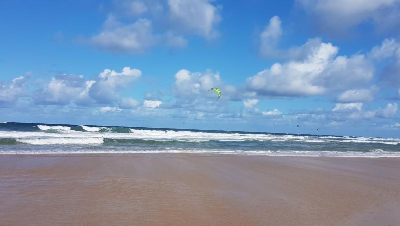 Surf report Hossegor - La Gravière - France (40) 2017-08-08 10:00:00