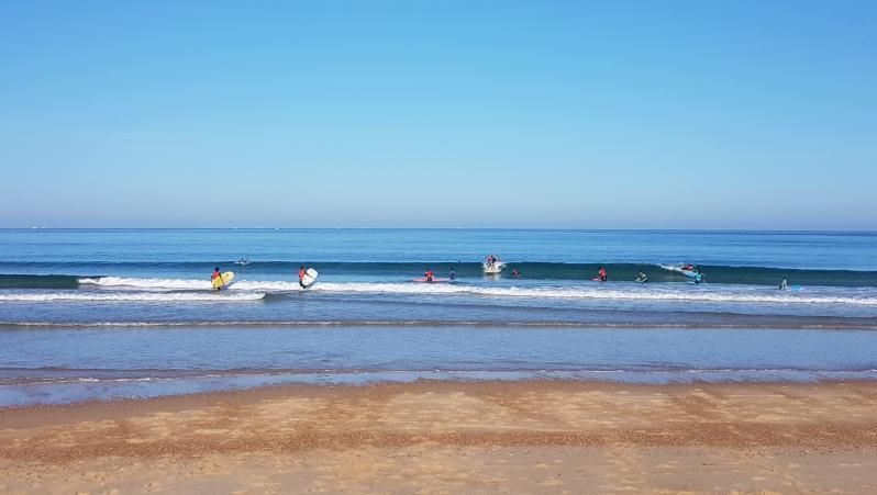Surf report Hossegor - La Gravière - France (40) 2017-08-17 10:00:00