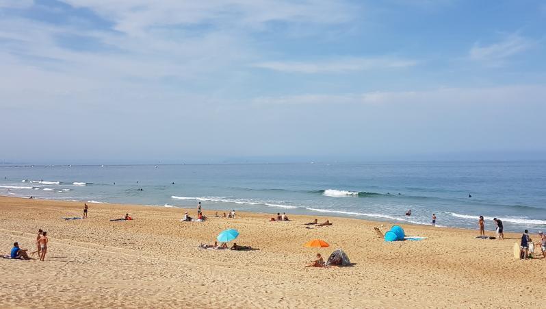 Surf report Hossegor - La Gravière - France (40) 2017-08-26 11:00:00