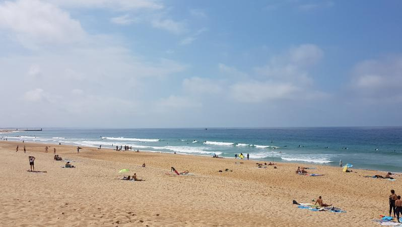 Surf report Hossegor - La Gravière - France (40) 2017-08-30 14:00:00