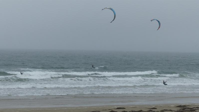 Wind report Fort Bloqué - France (56) 2017-10-01 16:00:00