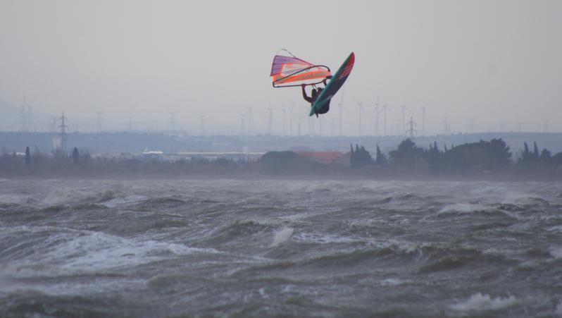 wind report Le Barcarès - Cap Coudalère  - France (66) 2017-12-02 17:00:00