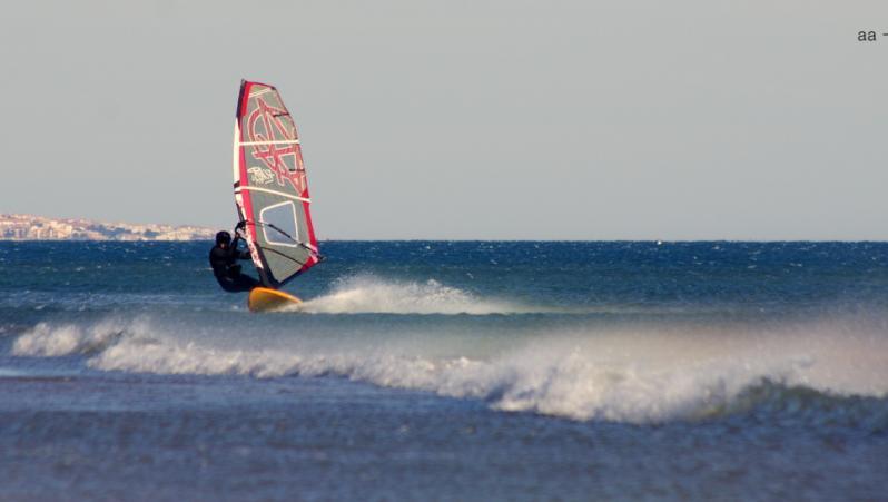 Wind report Port-la-Nouvelle - Plage Nord - France (11) 2017-12-23 16:00:00
