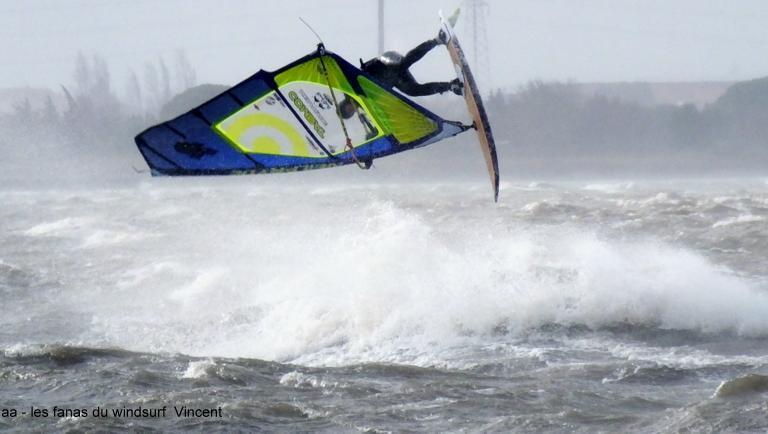 Wind report Le Barcarès - Cap Coudalère  - France (66) 2017-12-27 17:00:00