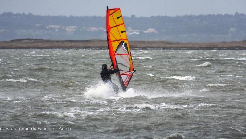 Wind report Le Barcarès - Cap Coudalère  - France (66) 2018-01-17 16:00:00