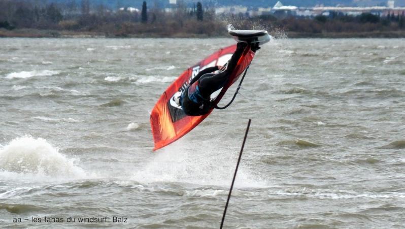 Wind report Le Barcarès - Cap Coudalère  - France (66) 2018-01-22 18:00:00