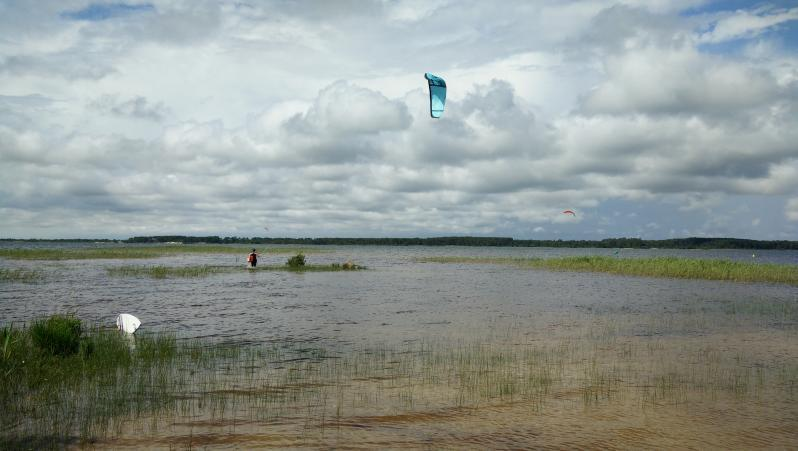 Wind report Sanguinet - France (40) 2018-06-04 15:00:00