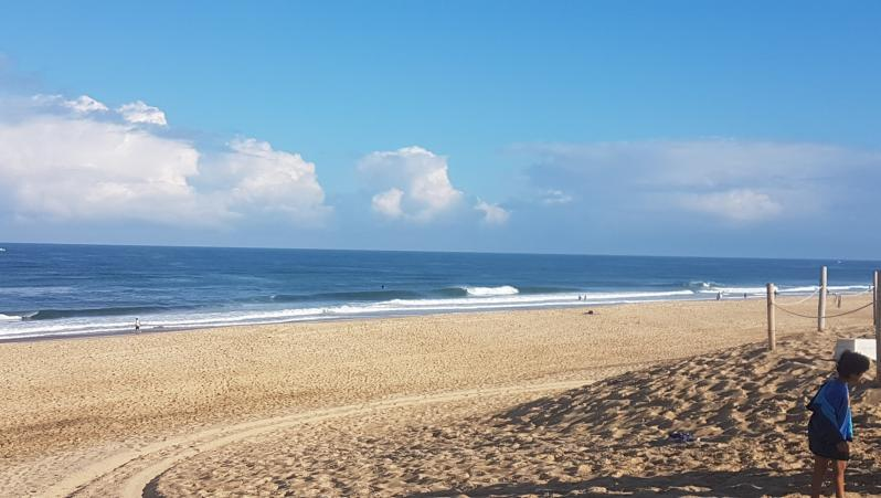 Surf report Hossegor - La Gravière - France (40) 2018-07-22 09:00:00