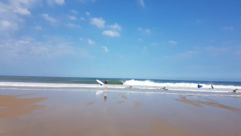 Surf report Hossegor - La Gravière - France (40) 2018-08-11 10:00:00