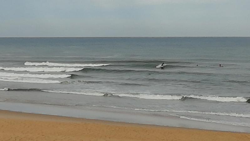 Surf report Vieux Boucau - France (40) 2018-08-11 09:00:00