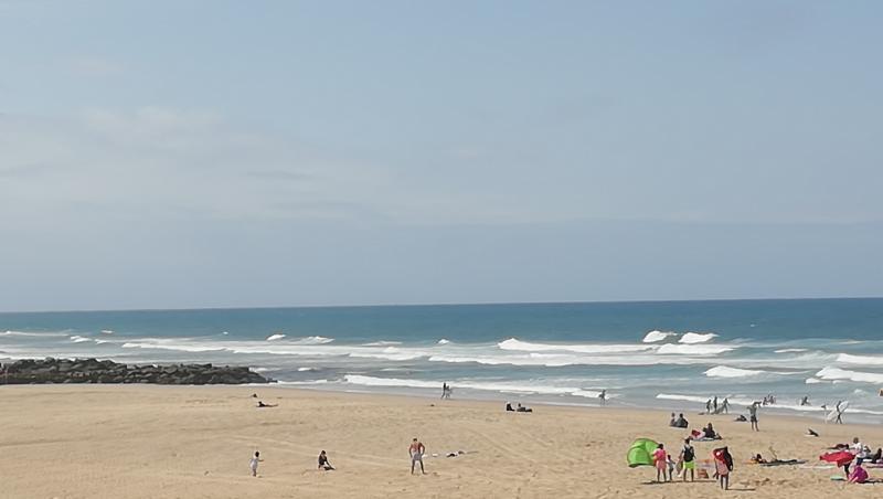 Surf report Vieux Boucau - France (40) 2018-08-17 13:00:00