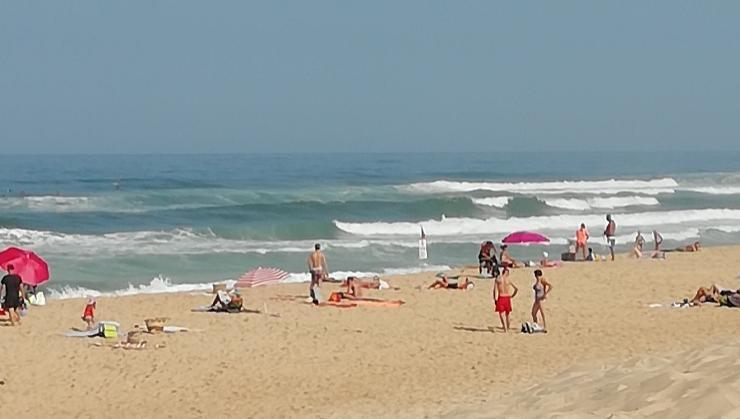 Surf report Vieux Boucau - France (40) 2018-08-19 11:00:00