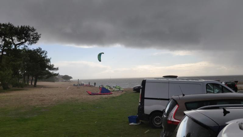Wind report Andernos - Le Betey - France (33) 2018-12-19 14:00:00