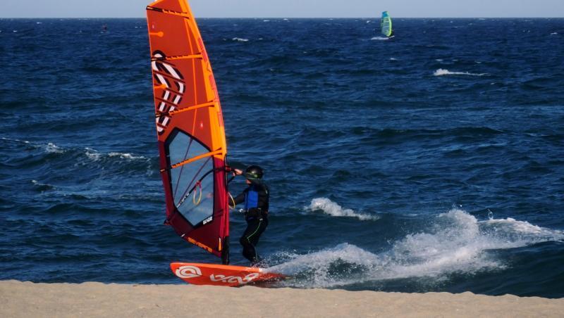 Wind report Saint-Cyprien - La Nord - France (66) 2019-03-05 18:00:00