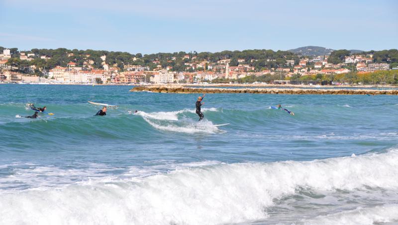 Surf report Brutal Beach - France (83) 2019-10-03 12:00:00