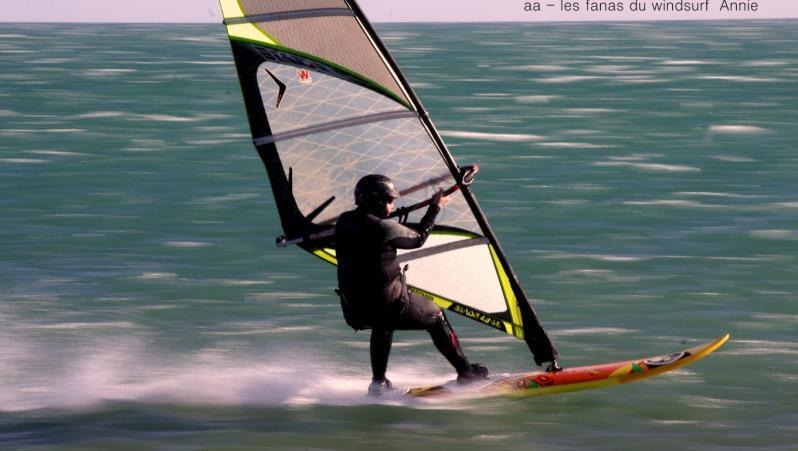 Wind report Leucate - Les Coussoules - France (11) 2020-01-10 17:00:00