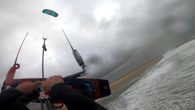 Wind report Le Grand Crohot - France (33) 2020-02-13 14:00:00