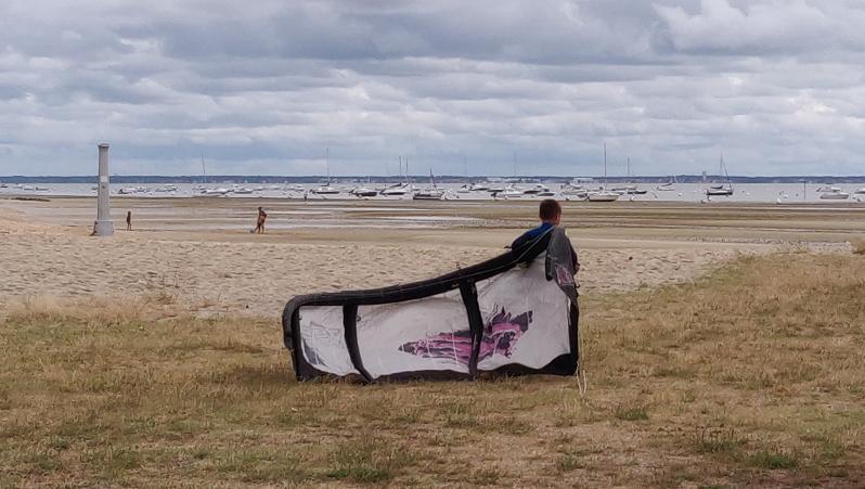 Wind report Andernos - Le Betey - France (33) 2020-06-06 16:00:00