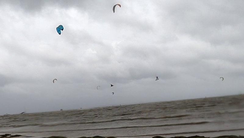 Surf report Andernos - Le Betey - France (33) 2020-06-13 10:00:00