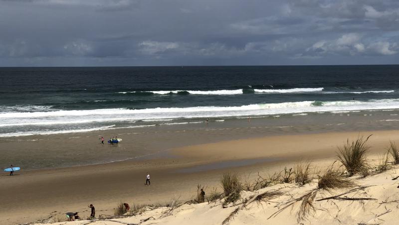 Surf report Biscarrosse Plage - France (40) 2020-08-23 10:00:00