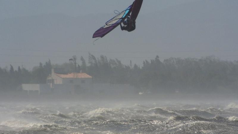 Wind report Le Barcarès - Cap Coudalère  - France (66) 2020-09-25 20:00:00